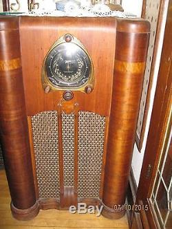 1930's Zenith 3 channel Long Distance Radio 9 S-262