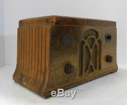 1934 Zenith Model 705 Tabletop Radio, Wooden Case