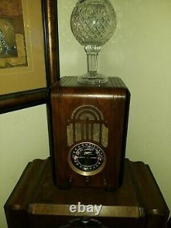 1936 Zenith Model 5-S-228 tube radio