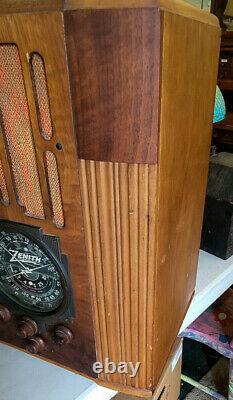 1936 Zenith Tube Radio Wooden Tombstone Model 9-S-30