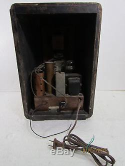 1937 Zenith 5-S-228 Footed Tombstone Tube Radio Beautiful