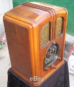 1938 ZENITH WALTON 12-S-232 12S232 12 TUBE TOMBSTONE RADIO NEAR MINT L@@K