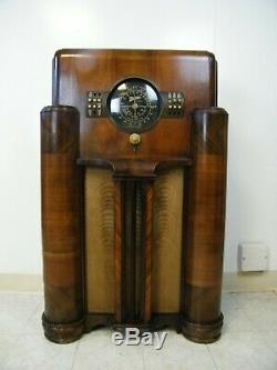 1939 7S366 Zenith Black Dial Chicago AM SW Electric Eye Deco Console Tube Radio