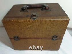1939 Zenith 4K400D 4 Tube Battery Operated Radio