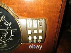 1939 Zenith 7S323 Tabletop Console Radio Blackface Restorable Condition Works