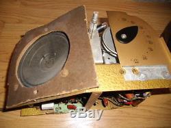 1939 deco Zenith bullet radio & Wavemagnet, Model 6D315, but works