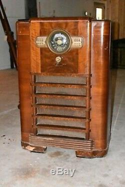 1940 Art Deco Antique Zenith Tube Console Floor Radio 10-S-465 Model 1005