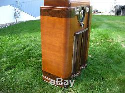 1940 ZENITH 12S-568 ANTIQUE VINTAGE CONSOLE TUBE RADIO SHUTTER DIAL! WORKS