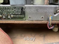 1940 Zenith 6G601M WaveMagnet Universal Model Portable AM Sailboat 6-Tube Radio