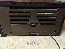 1941 Zenith 6-S527 AM SW Wood Tube Radio Z Dial Nice Shape but now Hums