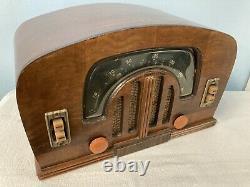 1942 Zenith Boomerang Dial Bluetooth Speaker