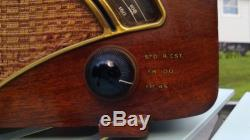 1946 Zenith 8H034 AM/Old FM/New FM. Very nice original in working condition