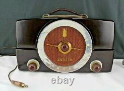 1950 Zenith AM/FM Tube Radio Model H725 Tube Type Working