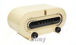 1950 Zenith Space Age Bakelite Tube Radio Model H511w