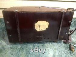 1951 Zenith H725 Vintage Valve Tube AM FM Bakelite Radio Restored Working