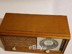 1959 Mid Century Zenith X323 AM AFC FM Tube Table Radio Maple Wood Works