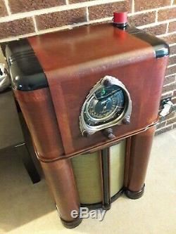 ANTIQUE, VINTAGE, DECO, COLLECTIBLE OLD TUBE RADIO ZENITH 12s265 RESTORED