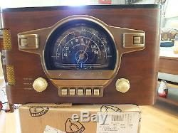 ANTIQUE ZENITH 6S-532 AM/SW COMPLETELY RESORED AND REFINISHED