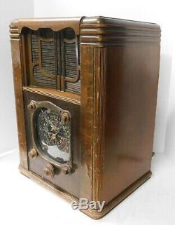 Antique 1936 Farm Radio Rare Zenith Model 6B129 6 Volt DC Powered Black Dial