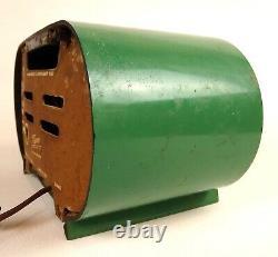 Antique, Green ZENITH TUBE RADIO- 110 volt 14 x 7 x 7