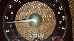 Antique Vintage Zenith Am Fm Long Distance Tube Radio Bakelite
