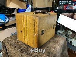 Antique Zenith 5G401 Luggage style portable tube radio canvas cabinet working
