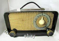Antique Zenith Portable Table Bakelite Tube Radio Model G511-Y 1950s
