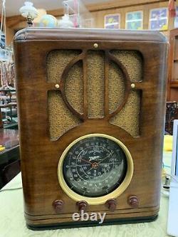 Antique Zenith Tube Tombstone Radio Model S-s-229 Working