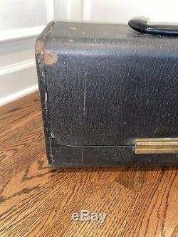 Antique Zenith Wavenagnet Trans-oceanic Radio