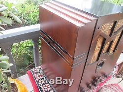 Antique vintage. BEAUTIFUL 1934 MODEL 288 ZENITH TOMBSTONE TUBE RADIO