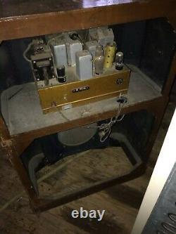 Antique zenith tube radio