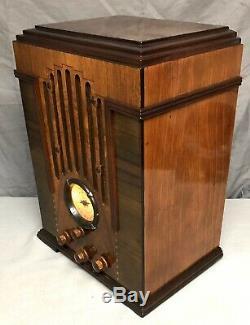 BEAUTIFUL, WORKING Zenith SKYSCRAPER #808 Vacuum Tube 1935 TOMBSTONE Radio