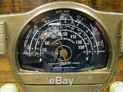 Beautiful Restored 1941 Zenith 7S529 Black Dial Tube Radio