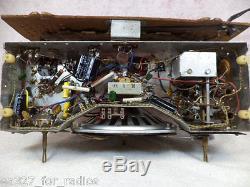 Classic Vintage Zenith Bakelite AM/FM Tube Radio Model H725-RESTORED