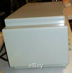 Clean Example Zenith Tube Radio AM-FM/Alarm Model Z733 1955 Operational