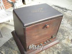 EARLY ZENITH/CHICAGO RADIO 2-M TWO STAGE AMPLIFIER, NICE CONDITION WITH DECAL