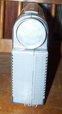 Mid Century Modernist Zenith Radio Model L 401