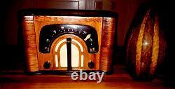 Old Antique Wood Radio1942 ZENITH Vintage RESTORED With BOSE BLUETOOTH & VASE