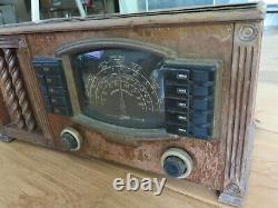 Old Antique Wood Zenith Vintage Tube Radio Art Deco Period