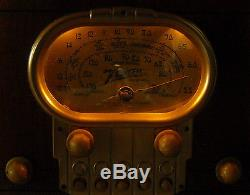 Old Antique Wood Zenith Vintage Tube Radio Restored & Working Race Track Dial
