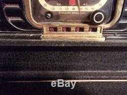 PRICE REDUCED! Vintage Zenith Wave Magnet Trans-Oceanic Model 8G005
