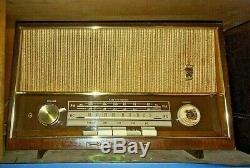 R0122 RCA Victor 3-BX-671 Vintage Vacuum Tube Radio
