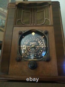 RARE 1930's Zenith 8S129 BIG PET Tombstone Radio Working