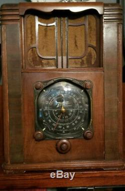 RARE 1930's Zenith Black Dial Model Tombstone Radio All Original Working