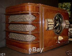 RARE 1939 Zenith 9S324 Shutter Dial 3-Band Table Model Tube Radio - WORKING