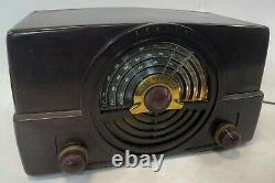 RARE ZENITH 7H820 Bakelite Case Seller Refurbished WORKING AM/FM Tube Radio