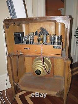 RARE Zenith Louis XV (15U273) 15-U-273 Tube Radio MINT