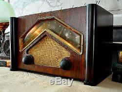 RESTORED Antique Vintage Zenith 6D029 Boomerang Wood Deco Tube Radio Works Great