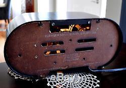 RESTORED Near MINT Antique Zenith H511 Vintage Tube Radio Bakelite Works Great