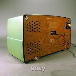 Rare Green 1950s Vintage Zenith K-725 Model Tube Radio Chicago II, USA WORKS